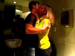 Sexy golden-haired babe shows her sweet snatch and desires to fuck