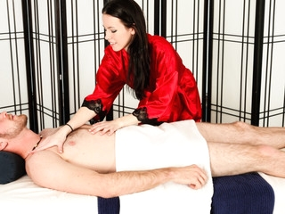 Veronica Radke Likes To Engulf Her Clients Shlong.