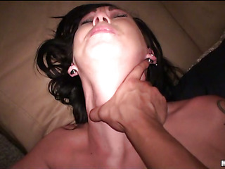Slutty-looking white chick likes to receive her anal hole screwed