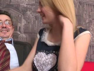 Beauty is offering her slit for teacher's lusty pleasure