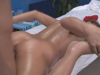 Hawt 18 year old gal acquires fucked hard by her massage therapist!